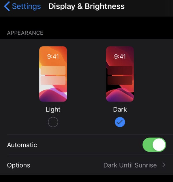 iPhone: How to Enable Dark mode