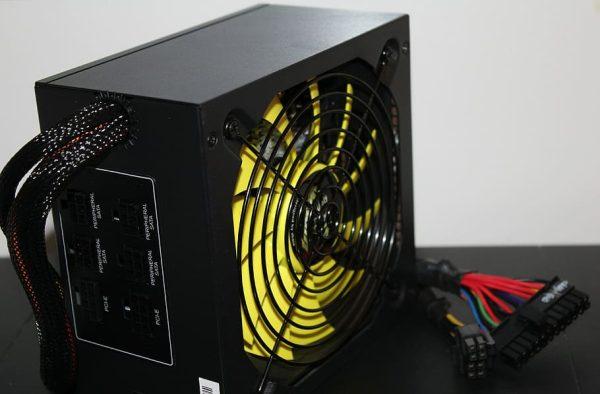 Modular vs Non-Modular Power Supply