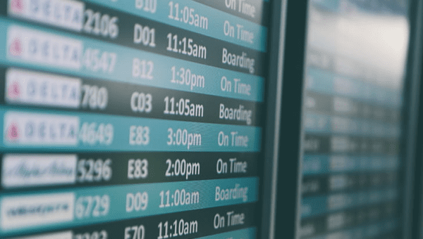 How to Monitor When Someone's Flight Will Arrive