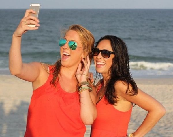 How to Take a Selfie Without Touching Your Phone