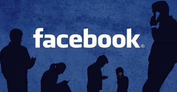 Facebook: How to Hide Friend Requests